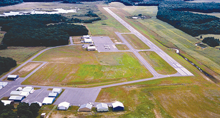 Cambridge Municipal Airport